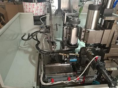 钻孔铣扁二次加工机床